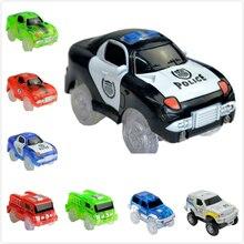4.4 5.4 سنتيمتر الالكترونيات السحرية LED سيارات لعب مع أضواء وامض ألعاب تعليمية للأطفال حفلة عيد ميلاد هدية اللعب مع المسارات