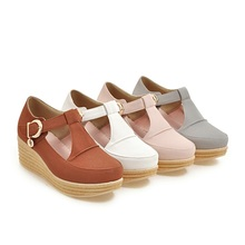 New arrival hot sale metal buckles casual pumps round toe