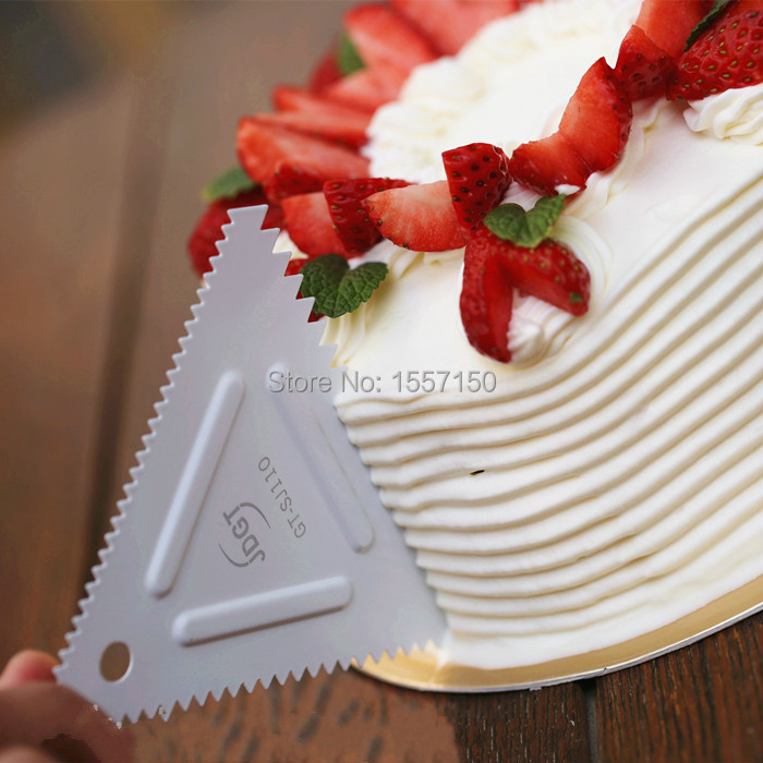 Us 4 5 Stainless Steel Triangular Tooth Scraper Do Three Different Spacing Pattern Cake Board Scraper Bench Knife Bench Scraper In Pastry Cutters