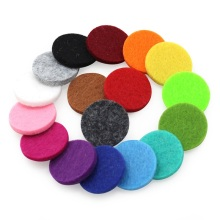 Big Promotion!20PCS/lot Oil Pad Colorful Felt Pads for 30mm 22mm 18mm 15mm Perfume Locket Essential Oil Diffuser Accessories