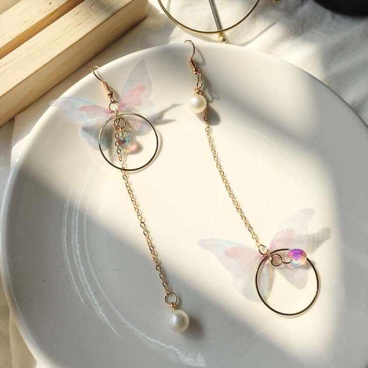 Retro New Listing 2018 Fashion Earrings Lady Asymmetry Butterfly Long Circle Wings Lady Earrings Wholesale Sale Earring Pendant