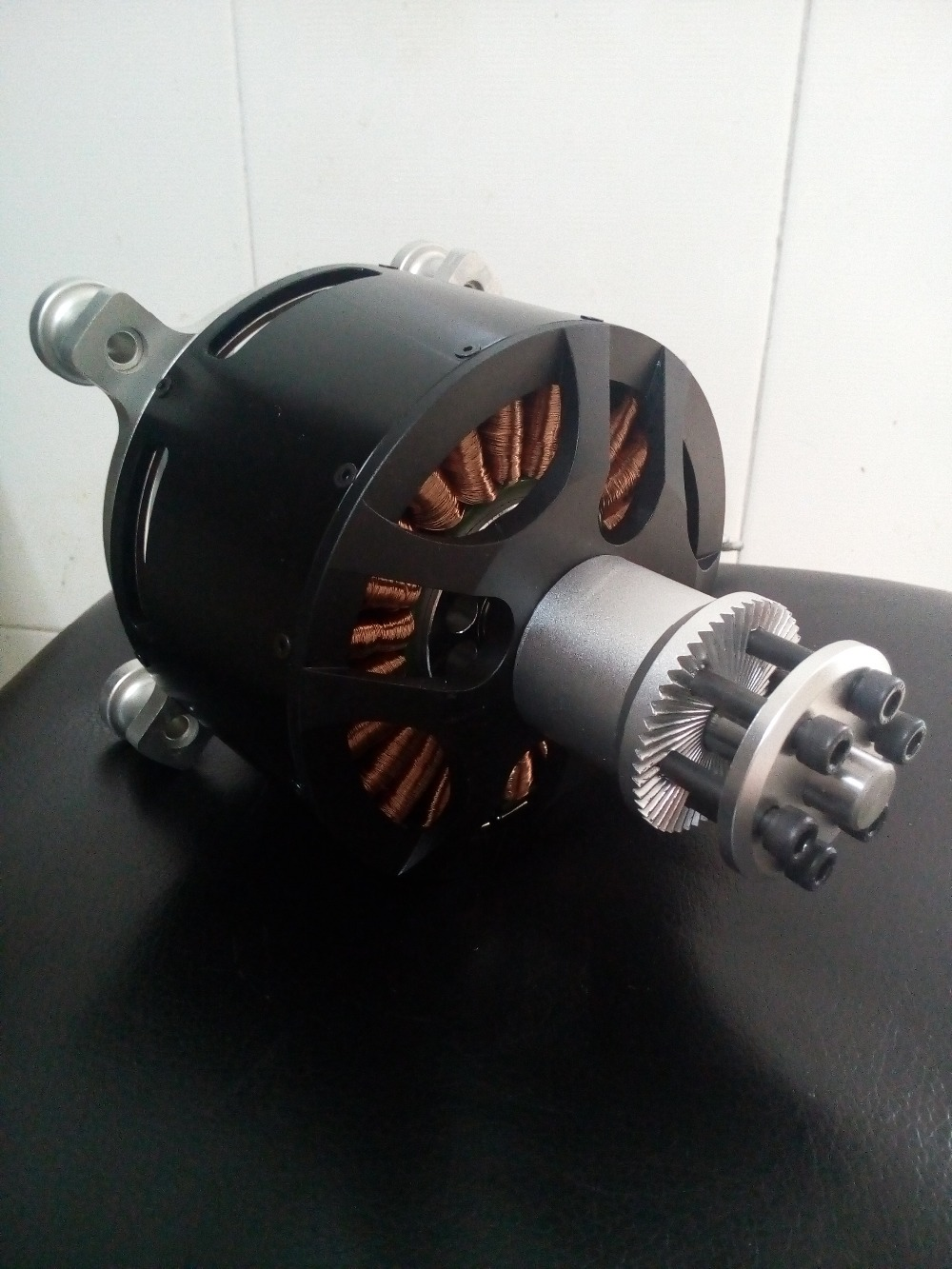 S12090 KV130 Outrunner Brushless motor / brushless world's largest size Suitable use UAV