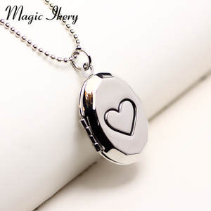 Magic Ikery round Photo memory floating locket Simple Heart Necklace fragrance essential