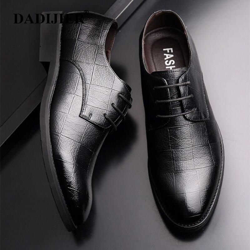 DADIJIER 2018 High Quality Men Dress Shoes Size 38-44 Men Business Leather Shoes Black Breathable Men Formal Office Shoes ZLL554