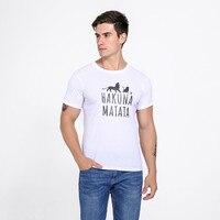 2017 nueva moda 7 colores Caliente animación HAKUNAMATATA Impreso T-shirt de Algodón ocasional de los hombres T-shirt moda de La Calle camiseta tip top de los hombres