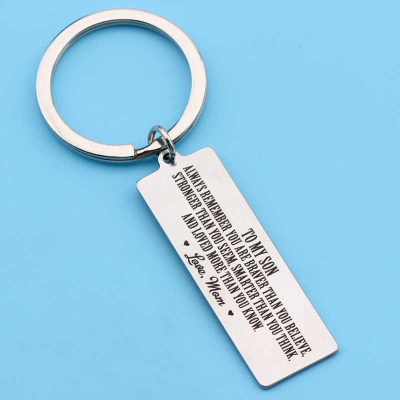Keychain Khắc Luôn Luôn Nhớ Bạn Là Dũng Cảm Hơn Bạn Tin Rằng Mạnh Mẽ Hơn So Với Bạn Có Vẻ Thông Minh Hơn Hơn So Với Bạn Nghĩ Rằng Rrom Mẹ quà tặng