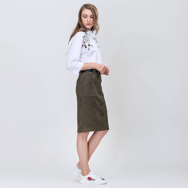 Spring New Floral Embroidery Decent Turn-Down Collar Pure Cotton Loose Women White Blouse
