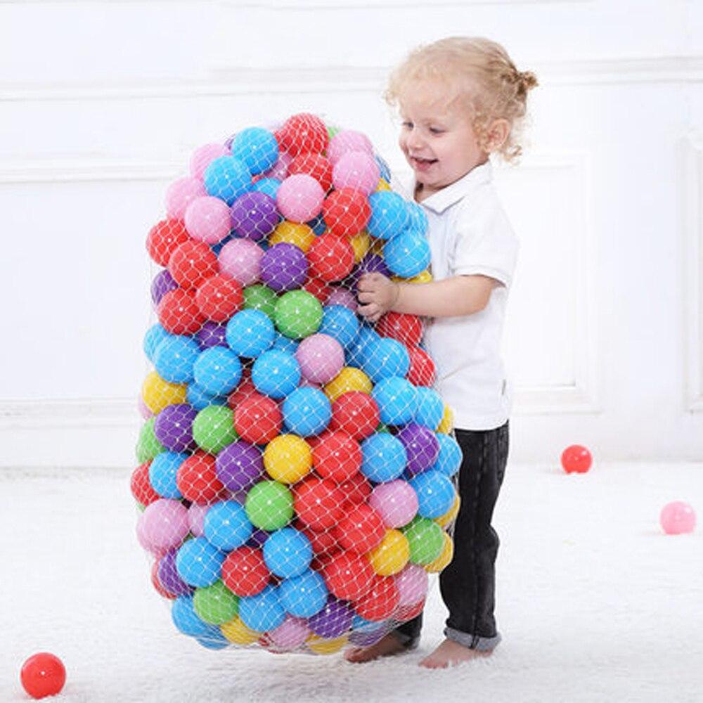 200 unids/lote plástico océano bola respetuoso del medio ambiente Bola de colores de bebé chico nadar pozo juguete piscina de agua de ola de océano bola diámetro 5,5 cm