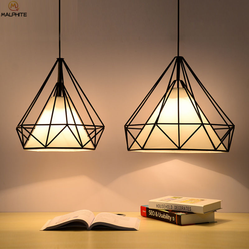 American Retro Diamond Iron Pendant Lights Living Room Restaurant Black Triangle Pendant Lamp Pyramid Industrial Decor Fixtures