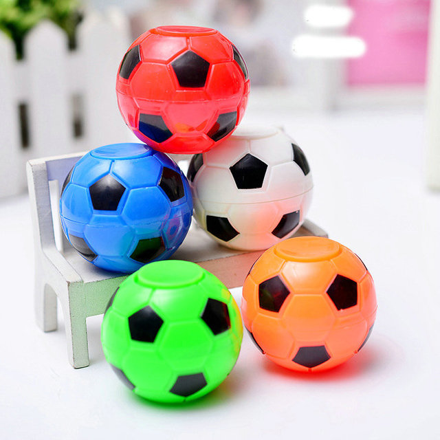 Us 0 94 5 Off Fussball Footable Zappeln Spinner Kunststoff Ball Hand Spinner Stress Reduzieren Und Erhohen Aufmerksamkeit Spielzeug Geschenke Fur