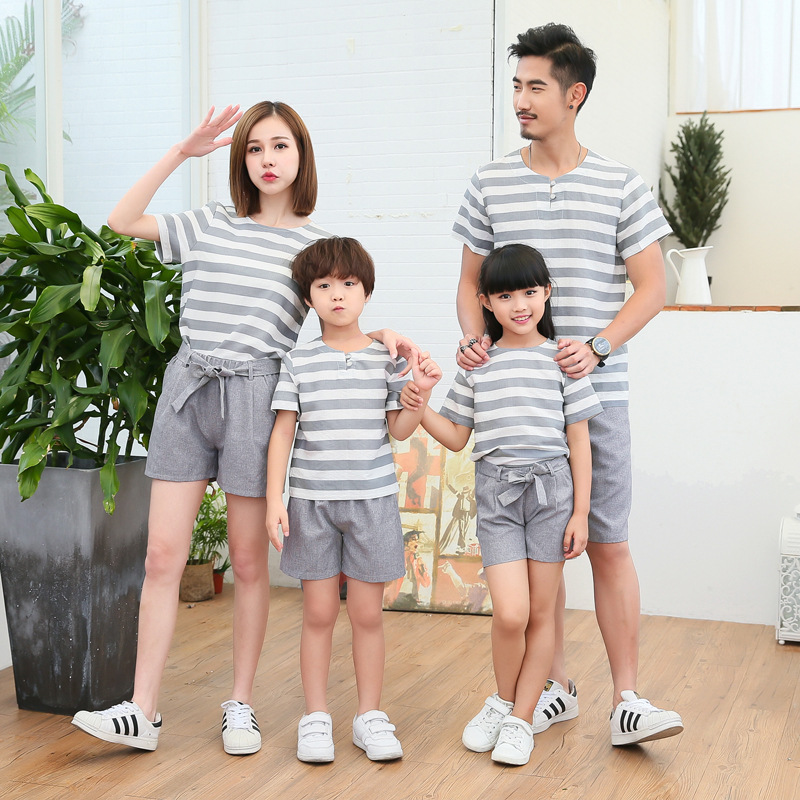 2019 Family Matching Pajamas Striped Father and Son Shirts Mommy and Me Clothes Mother and Daughter Clothes Mum Boy Girl Dresses