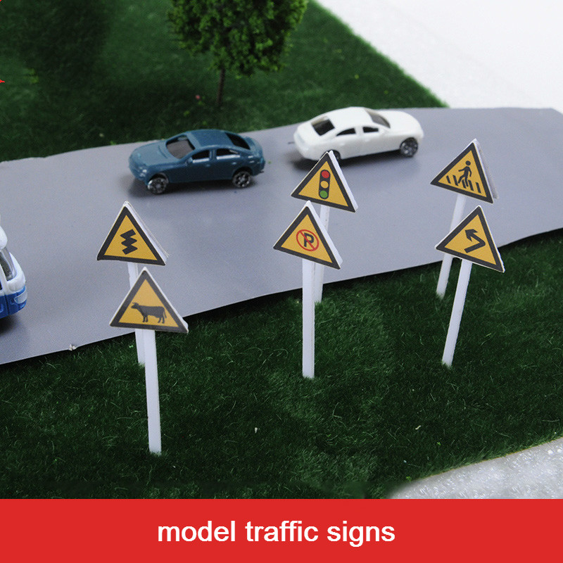 18PCS Scale Model Traffic Signs Architectural Scene Sand Table Train light signpost Street Roadblocker Early Education Toys