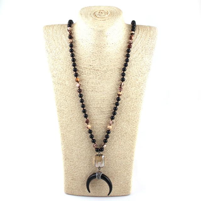 Collar Negro de Piedra para Meditación