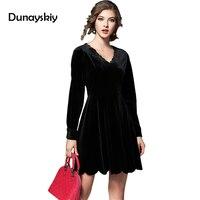 New Arrived Woman Dress European Autumn Winter Vintage Pearl Buckle High Grade Velvet Flower Black Dark