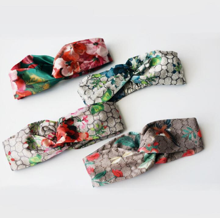19SS new arrival flower gera nium strawberry classic letter retro headbands chic SHOW   headwear