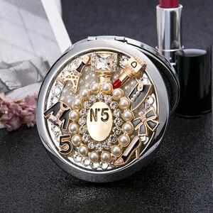Livre Personalizado Gravar, Pocket Mini espelho de maquiagem Cosmética, Lupa Dobrável compacto espelho, Favores de Partido Presentes, sapatos batom