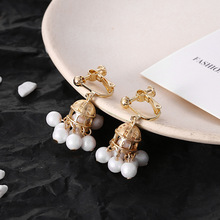 Korean temperament simple pearl tassel  pendant Baroque court wind retro castle earring woman no hole ear clip cuff