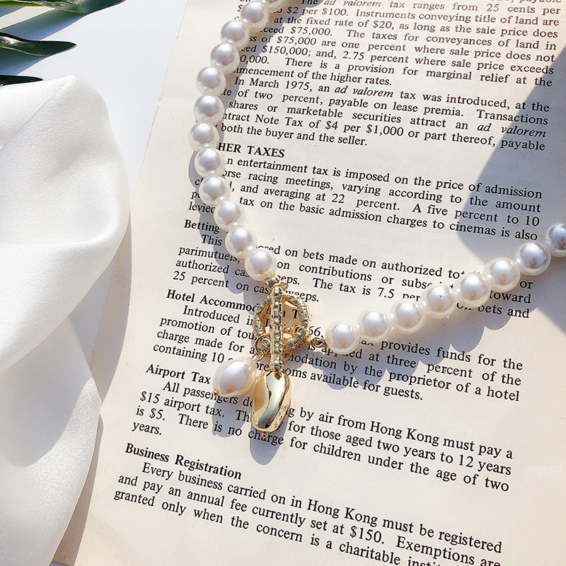 Irregular Pearl Pendant Necklace Clavicle OT Button Choker Pearl Necklaces For Women Jewelry Accessories Gifts FSPXL164 in Chain Necklaces from Jewelry Accessories