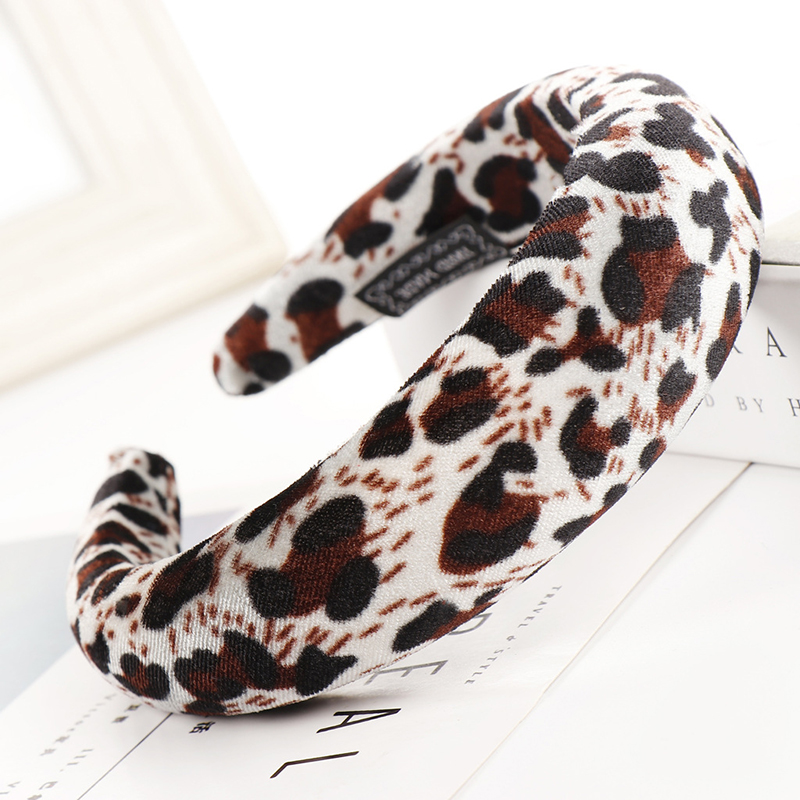 Velvet Wide Plastic Hairbands Women Leopard Thick Headbands Hair Accessories Girls Head Bands Headwear Fashion Hair Bands WT032 in Women 39 s Hair Accessories from Apparel Accessories