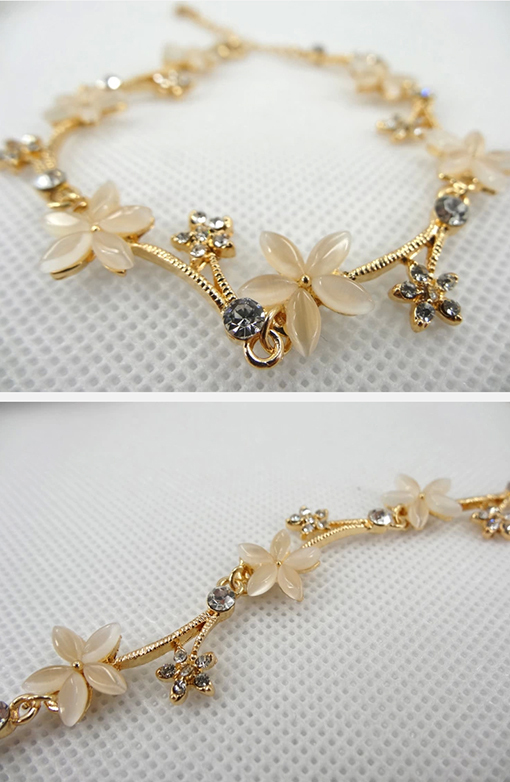 Women Fashion New Alloy Gold Plated Opal Patterns Personality Female Models Bracelet Bracelets In Charm From Jewelry Accessories On