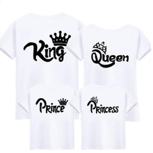 Family Matching Outfits New 2019 Summer Matching Father Mother Daughter Son Clothes Cotton Short Sleeve T-shirt King Queen