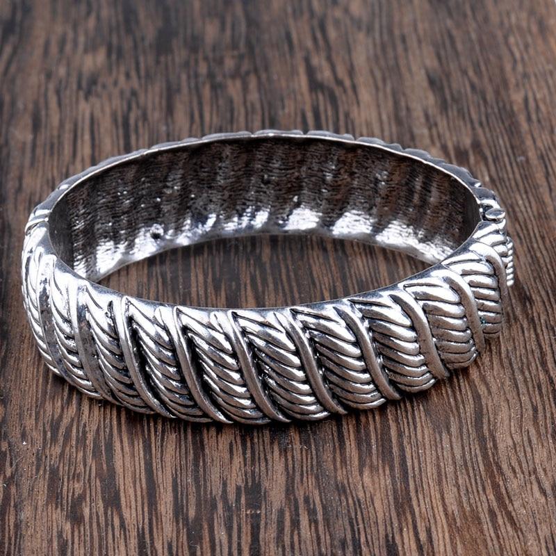 MYTHIC AGE Tibetan Silver...