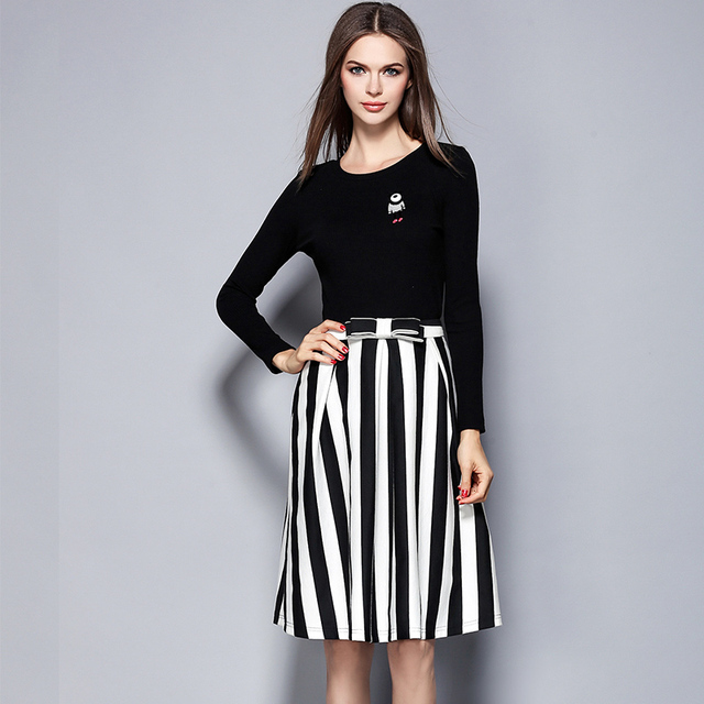 2016 women's skirt suit autumn fashion cotton T-shirt+Striped skirt Elegant Commuter OL slim office wear business suit 1451