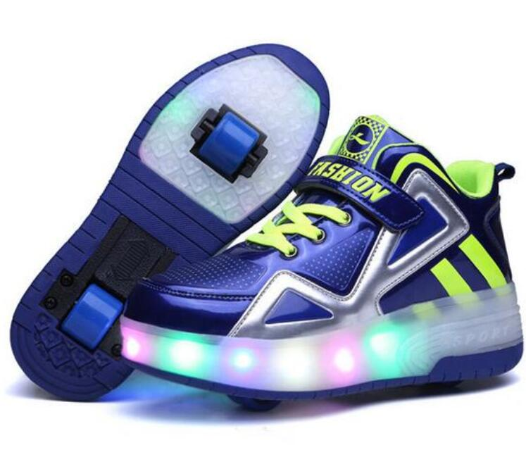 цена на 2018 Children Roller Shoes With Lighted Breathable Fashion Boy & Girls Kids Wheels Shoes Roller Sneakers SPORT CASUAL For Kids