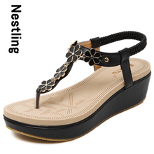 Size 35-40 New 2016 Fashion Flip Flops Summer Beach Shoes Woman Bohemia Style Sweet Flowers Wedges Women Sandals D15