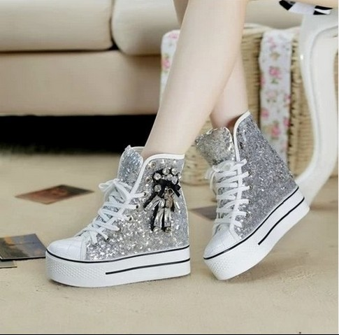 Sequins Canvas Shoes Womens 2019 Spring And Autumn Diamond Lacing up Casual Shoes High Top Sneakers