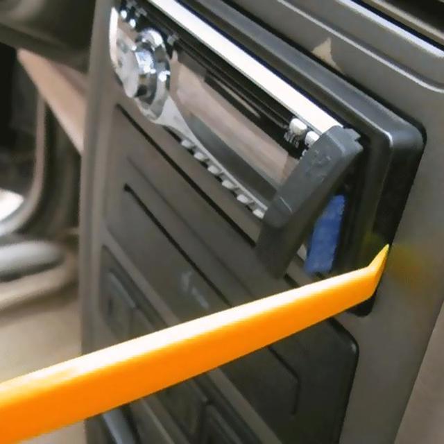 Professional 4Pcs Orange ABS Automobile Audio Door Clip Panel Trim Dash Auto Radio Removal Pry Tools Set Car Panel Removal Tool