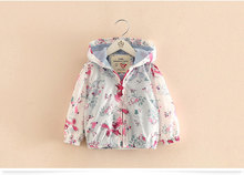 Spring 2017 New Cotton Baby Girls Coat Spend Three Flowers Lollipops Dot Jacket Cardigan Kids Children Clothing Autumn