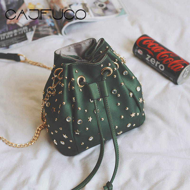 CAJIFUCO Studded Bucket Bag Crystal Star Rivet Style Drawstring Bag Spikes Cross Body Bags Women PU Leather Chain Bag Bolsos star design body chain