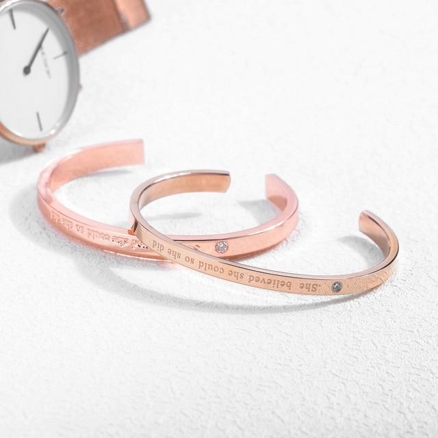 Фото женский браслет манжета с фианитами розовое золото цена