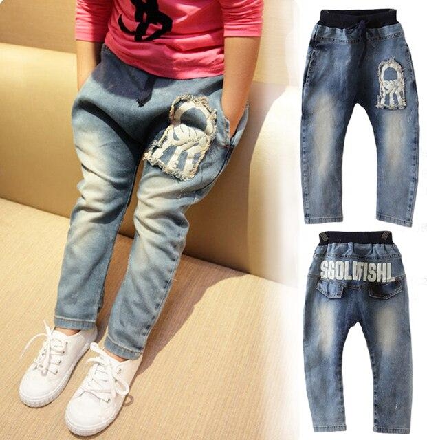 Розничная 2017 Новый стиль Девушки джинсы детская одежда мода дизайнерские джинсы мальчик девочка джинсовые брюки повседневная рваные джинсы 2 ~ 7 лет