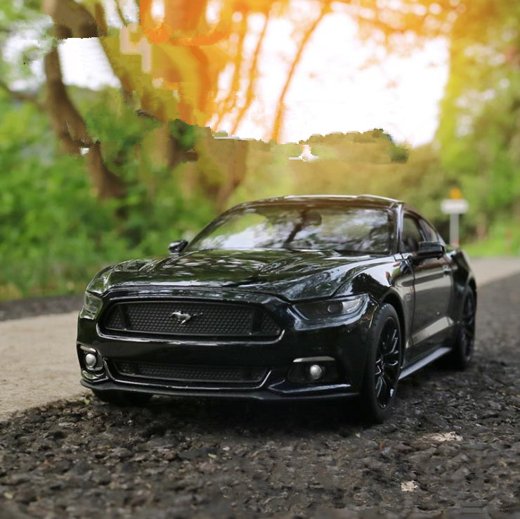 <font><b>1:24</b></font> advanced alloy car toy,<font><b>Ford</b></font> <font><b>mustang</b></font> GT,diecast metal model,2 open doors toy vehicle,collection model,free shipping image