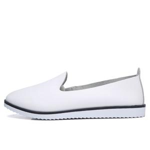 Image 2 - עור אמיתי נשים של קיץ בלט דירות נעלי גבירותיי לנשימה בד אמא נעליים מקרית Sneaker ופרס אופנה הנעלה