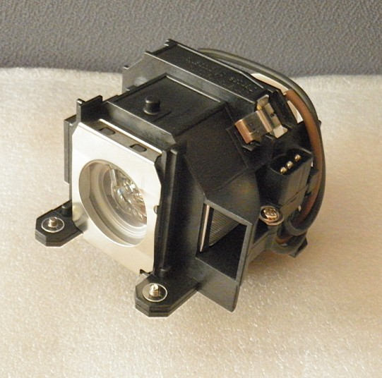 Free Shipping Brand New Replacement Lamp with Housing ELPLP40 For EMP-1810/EMP-1825/EMP-1815EB-1810/EB-1815/EB-1825  3pcs/lot high quality projector lamp elplp40 for epson emp 1810 emp 1815 eb 1810 eb 1825 emp 1825 with japan phoenix original lamp burner