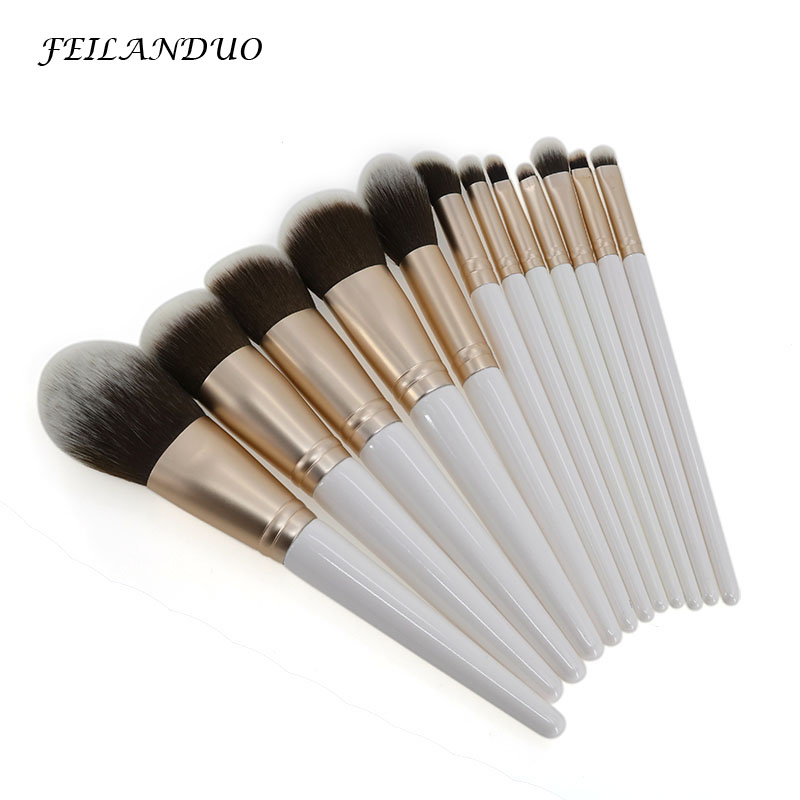 12Pcs/Lot Beauty Makeup Brushes Set Cosmetic Foundation Powder Blush Eye Shadow Lip Blend White Makeup Brush Tool Maquiagem Tool professional luxury makeup brushes set champagne makeup brushes cosmetic brush beauty maker pinceis maquiagem makeup tool bag