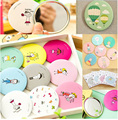 1Pcs Small Cute Cartoon Pocket Mirror Hand Makeup Compact Mirrors Portable Professional Mini Cosmetics Mini Beauty Make Up Tools