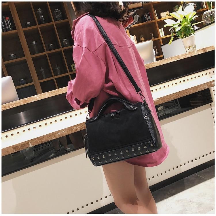 Vintage Rivet women Handbag Matte leather Boston Big Tote bag Winter new Shoulder Bags for Women Messenger Bag Blosa Sac (18)