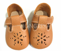 Top Sale New Style High quality summer fretwork buckle strap genuine leather baby moccasins toddler hard rubber sole Baby Shoes
