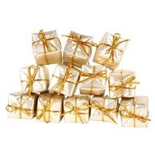 12 sztuk prezentów do ozdoby