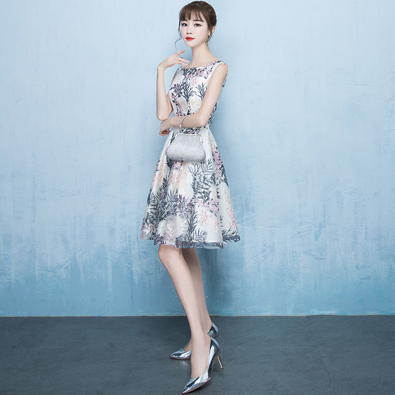 Aliexpress.com   Buy Elegant O neck Sleeveless Lace Evening Dresses Short  2018 New Special Occasion Dresses Plus Size Homecoming Dress from Reliable  Evening ... dfbaa0971974