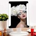 Moda 36 LED de Energia USB Portátil Dobrável Banheiro Iluminado espelho de Maquilhagem Espelhos Batte Preto Branco incluído