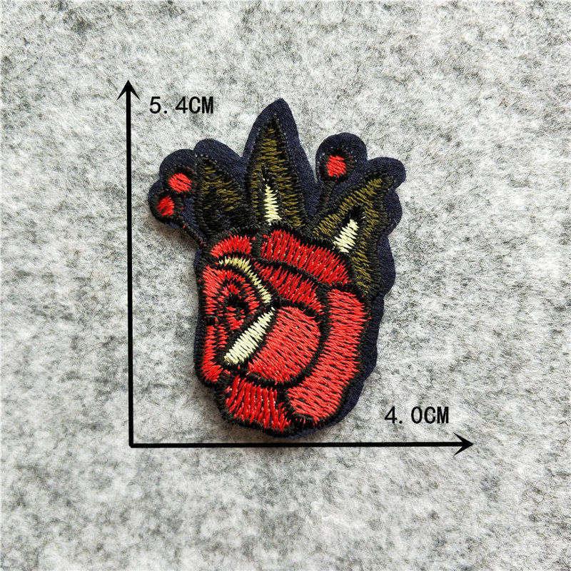 Мультяшная декоративная заплатка, сердце, дерево, Бабочка, узор, вышитая аппликация, нашивки для DIY, железные наклейки на одежду - Цвет: C6241