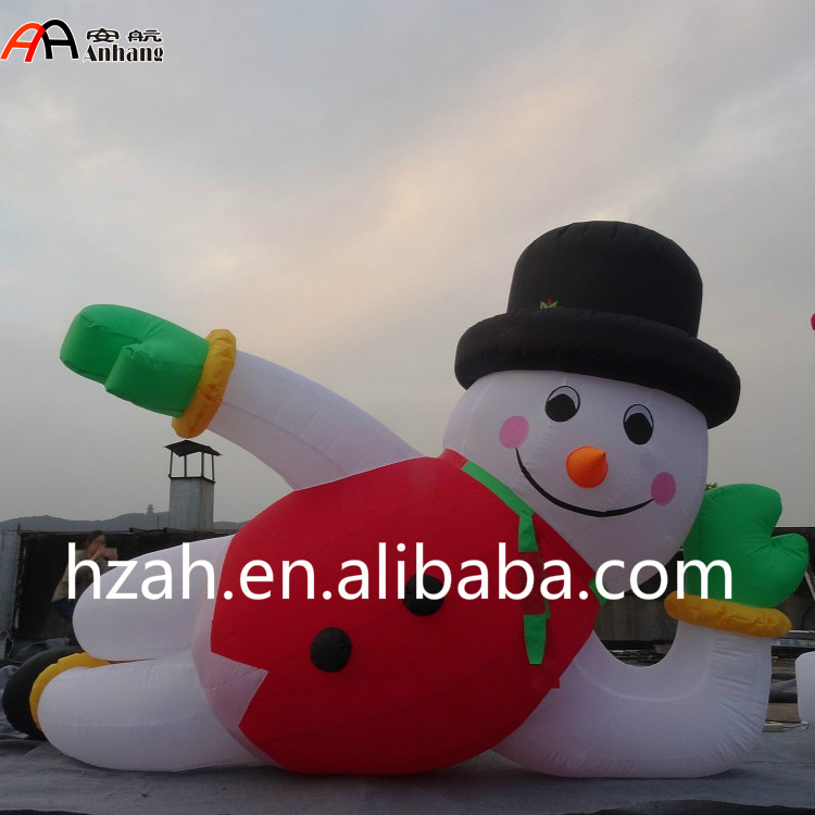 Giant Inflatable Lying Snowman for Christmas Decoration giant christmas inflatable 5m high inflatable christmas santa claus cartoon for outdoor party events festival toy