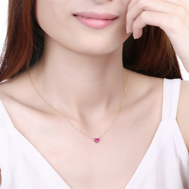 14K Gold Heart-shaped Necklace Simple Small Fresh Sweet Versatile 3mm Moissanite Diamond with Chian Necklace for Women 4