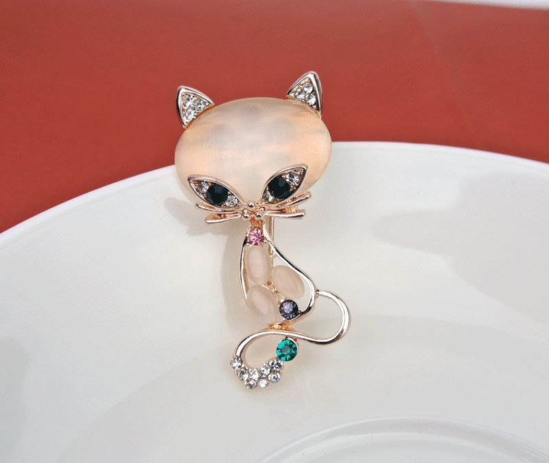 Cartoon Alloy Cute Little White Imitation Pearl Cat Brooch Pins Chic Fashion Jewelry Anime Brooch Wholesale Women Accessories Attractive Designs; Jewelry Sets & More