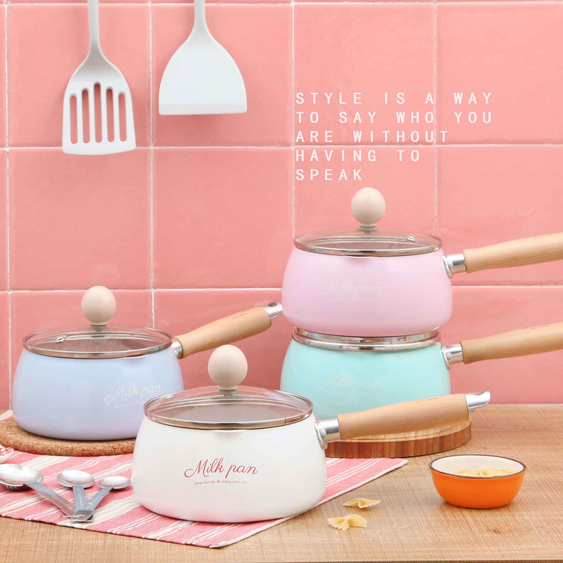 Kitchen Pot 16 CM Mini Milk Pans Christmas Gift Chocolate Milk Soup No-Stick Cooking Pot General Use For Gas & Induction Cooker